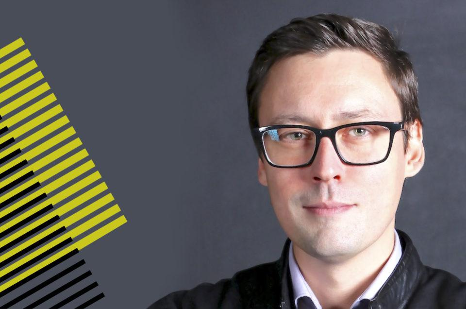 Константин Кузнецов — докладчик Out Of Home Forum '18